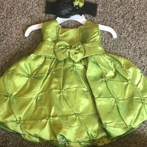 Other - Gorgeous baby girls dress with matching headband